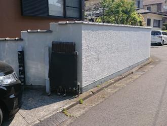 八街市泉台にて、汚れが目立っていた塀の塗り替えを行いました