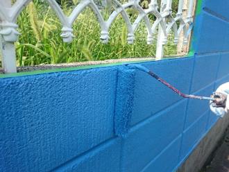 ブロック塀 中塗り・上塗り