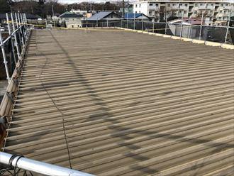洗浄後の折板屋根