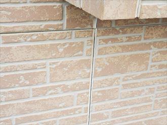 サイディング外壁のシーリング材のひび割れ