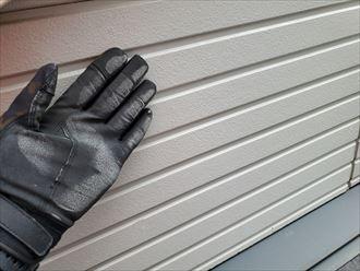 鎌ケ谷市南初富にて外壁塗装工事をご検討中のサイディング外壁の調査