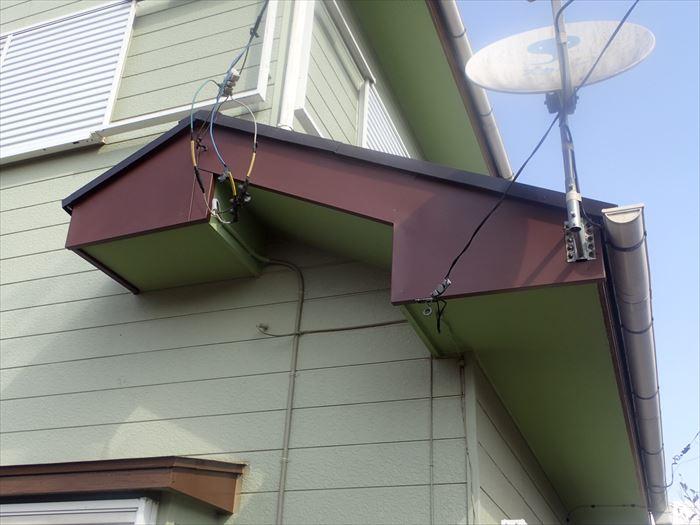 破風板金カバー工事完了