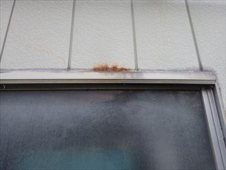 千葉市緑区中西町で行った金属サイディング外壁の窓周りに錆を発見