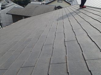 築10年、初めての屋根塗装を検討している邸宅のスレート屋根