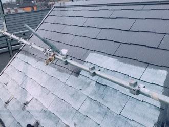 サーモアイシーラーで下塗り 屋根塗装