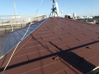 サーモアイ4F クールナポリブラウンで屋根塗装 完工後