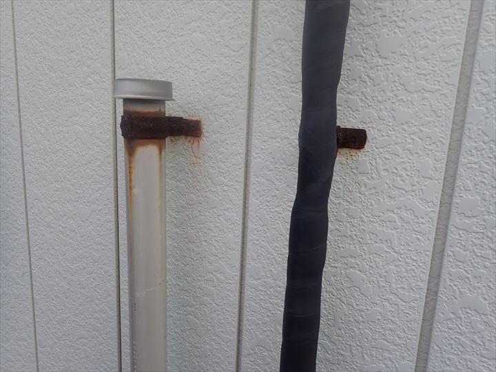 千葉市緑区中西町で行った外壁調査の金属サイディングに錆を発見