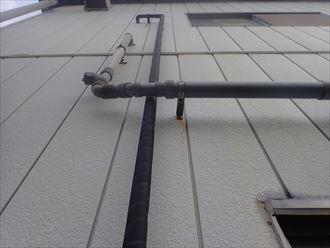 千葉市緑区中西町で行った外壁調査で金属サイディング外壁に錆を発見