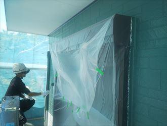 佐倉市江原で行った外壁塗装工事で中塗りを実施