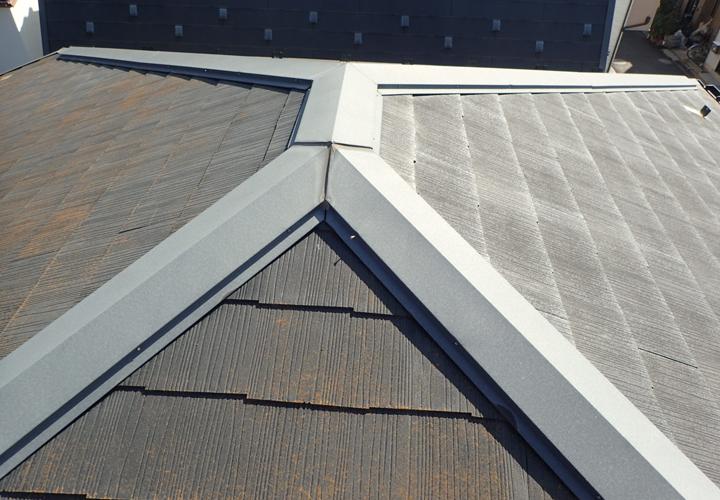 スレートの飛散をきっかけに塗装を検討された邸宅の屋根調査