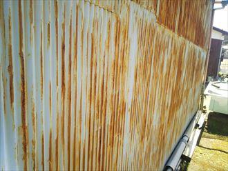 外壁波板の経年劣化