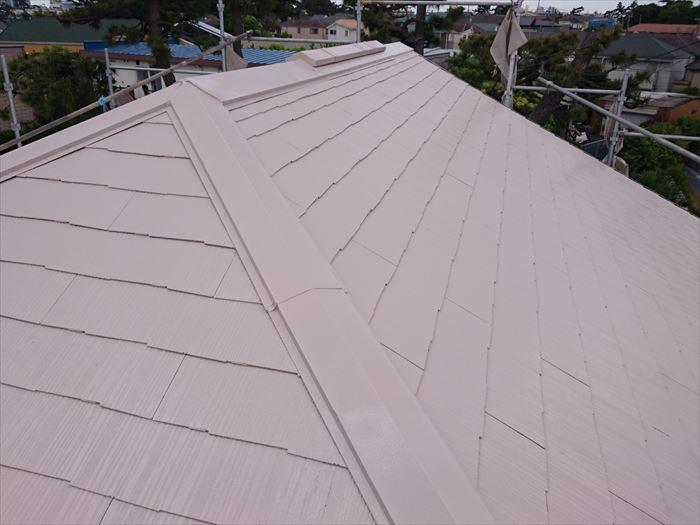 クールチェリーブラウンで屋根塗装完了
