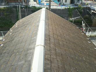 スレート屋根に苔発生
