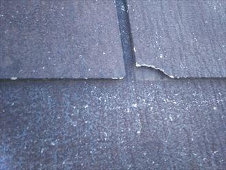 スレート屋根材の割れ