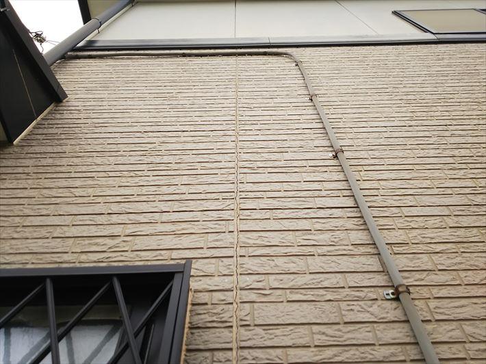 サイディング外壁のシーリングのひび割れ