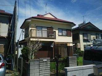 コロニアル屋根のメンテナンスと外壁塗装を検討している住宅
