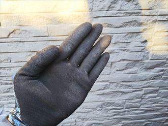 千葉市若葉区原町にてサイディング外壁の調査を行い塗膜の剥がれとチョーキング現象を確認!