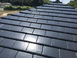 サーモアイSiで塗装を行った1年後のスレート屋根