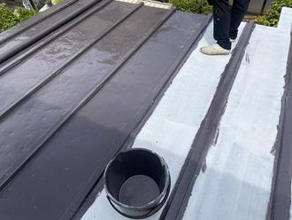 千葉市中央区都町にて金属屋根をサーモアイSiを使用した屋根塗装工事