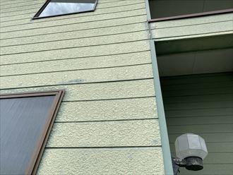 爽やかなグリーンの窯業系サイディング外壁