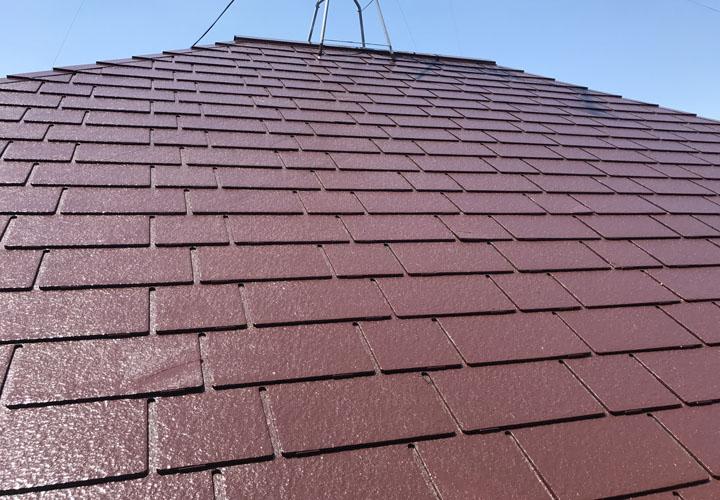 ファイン4Fベスト チョコレートで屋根塗装 完工後のスレート屋根