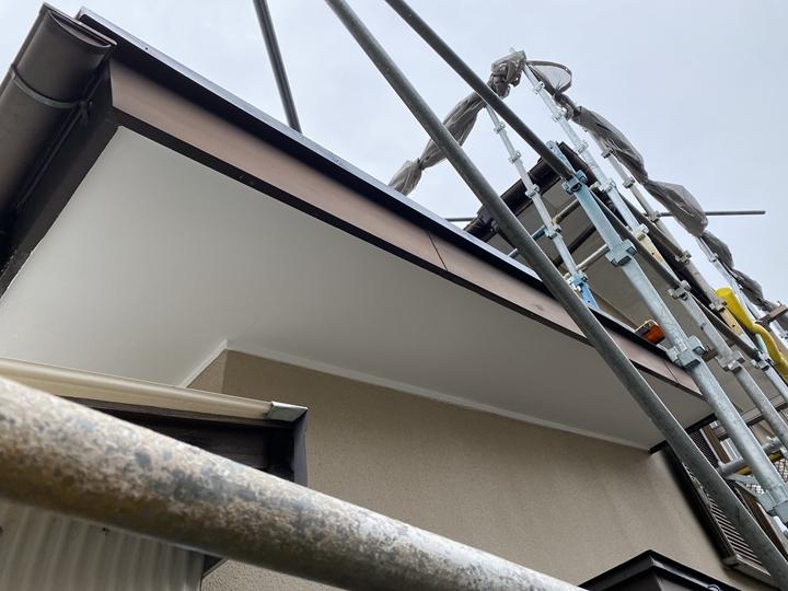軒天塗装工事完了