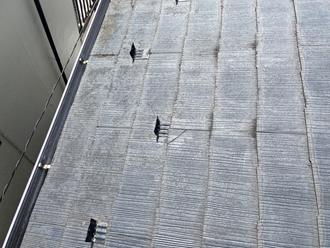 屋根のヒビ