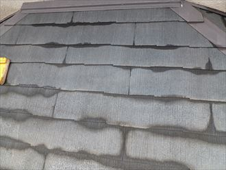 洗浄後の濡れている屋根