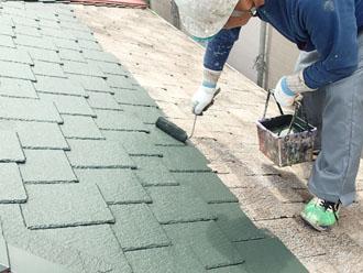 ファインシリコンベスト モスグリーンでアーバニー屋根を塗装