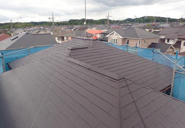 パーフェクトベストのコーヒーブラウンでの屋根塗装 完工後