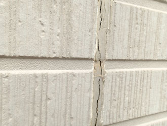 サイディング外壁のシーリングの劣化