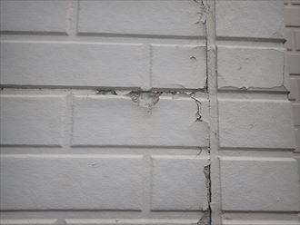 サイディングの塗膜が剥がれて防水性が低下