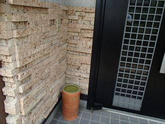 玄関先のタイル