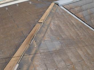 屋根板金が外れた状態