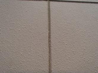 ALCの外壁、縦目地の経年劣化