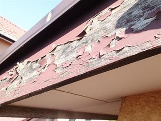 破風板塗膜の剥がれ