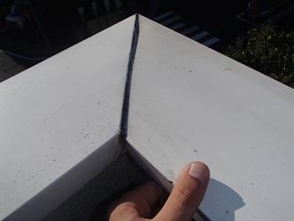シーリング材劣化による隙間