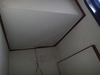 室内クロスの雨漏り状況