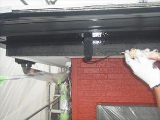 雨樋,鼻隠し塗装