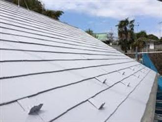 ホワイト系の屋根塗装