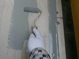 富津市 バルコニーの防水 弾性トップで中塗り